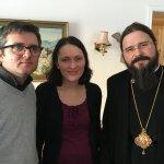 Preasfințitul Părinte Episcop Macarie Drăgoi al Europei de Nord acasă la soțiiBodnariu